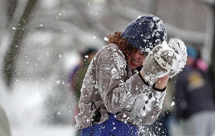 Девочки лесбиянки играли в снежки фото 632-797