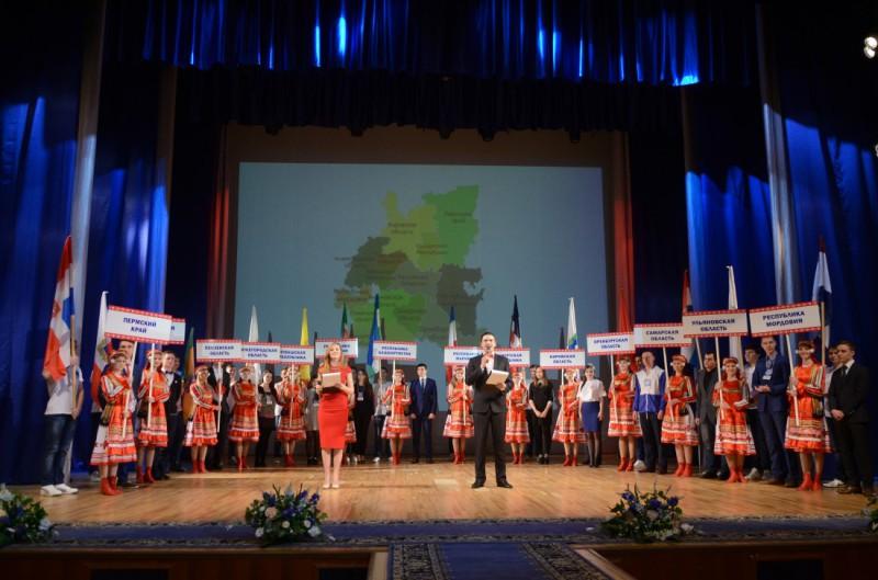 Оренбургские студенты стали «серебряными» призерами в номинации «Программирование» на Интеллектуальной Олимпиаде ПФО