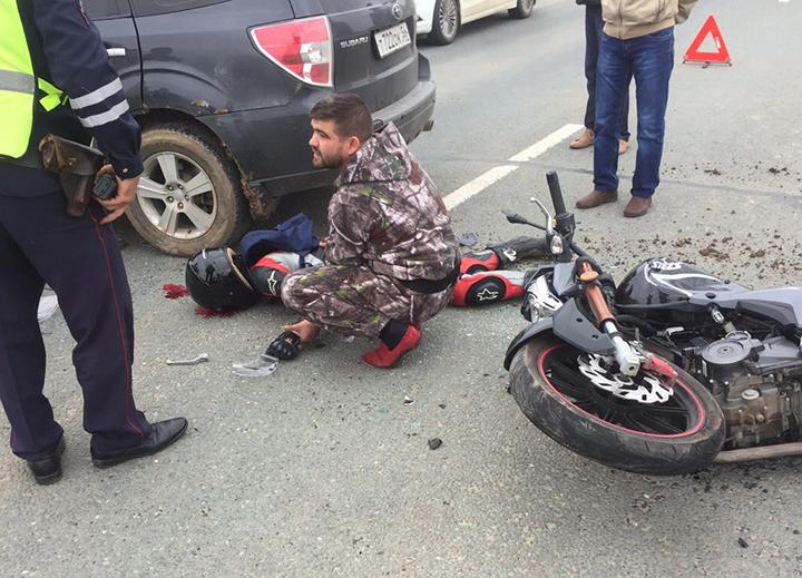 Натрассе Оренбург— Илек насмерть разбилась 25-летняя байкерша