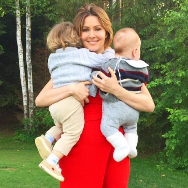 Кожевникова родила 3 ребенка