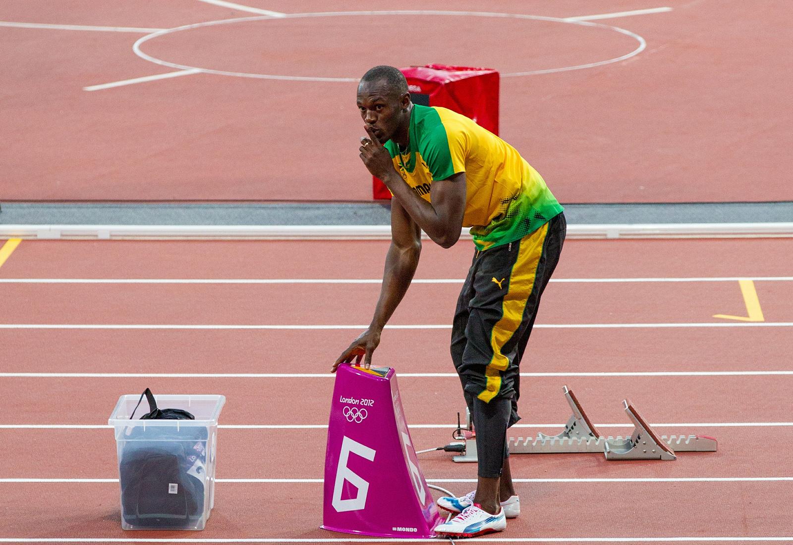 Популярный ямайский спринтер Усейн Болт сыграет вматче легендМЮ и«Барселоны»