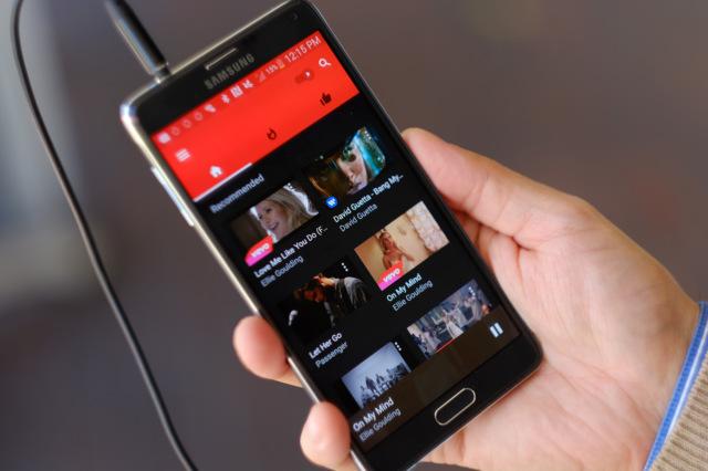 Платный YouTube Red сейчас дает возможность сохранять песни иплейлисты