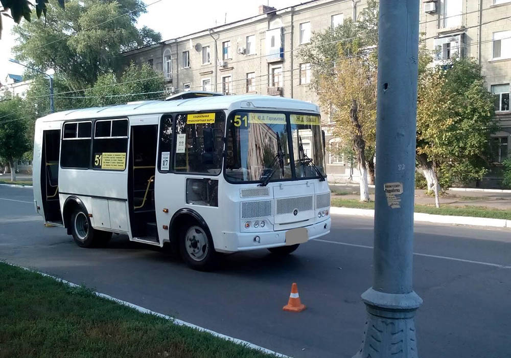 ВОренбурге вовремя экстренного торможения автобуса пострадала девочка