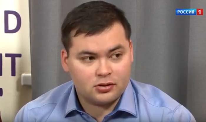 Дмитрий - сын Тамары Акуловой и Эльера Ишмухамедова
