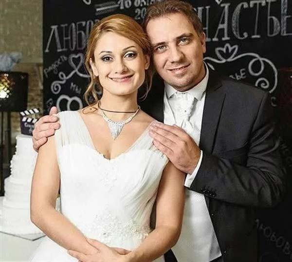 Третий муж — Иван Коробов.