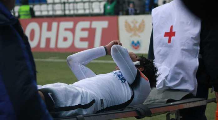 Защитнику «Оренбурга» Дмитрию Андрееву сломали лицевую кость