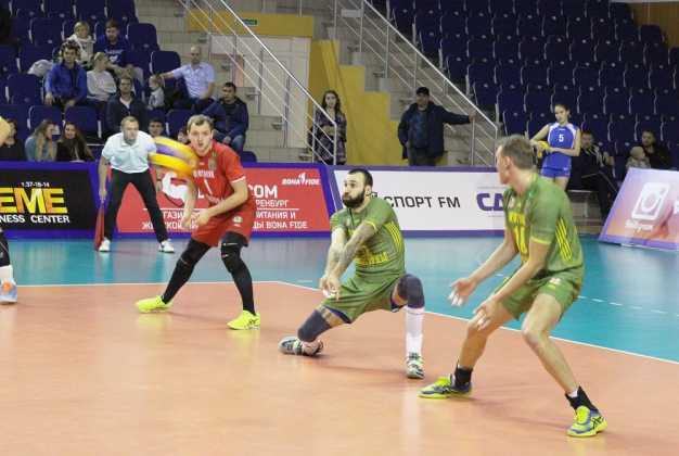 «Нефтяник» (Оренбург) : «Академия-Казань» (Казань) – 0:3