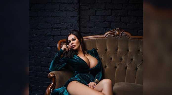 "Рита Керн обнажилась для мужского журнала ""Playboy"""