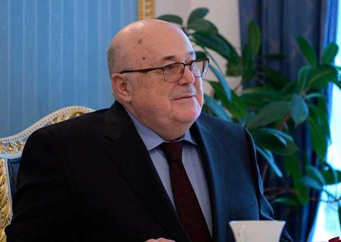 Александр Калягин призвал изменить законы о театральной деятельности