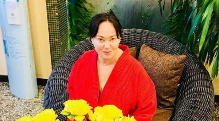 58-летняя Лариса Гузеева показала себя без макияжа