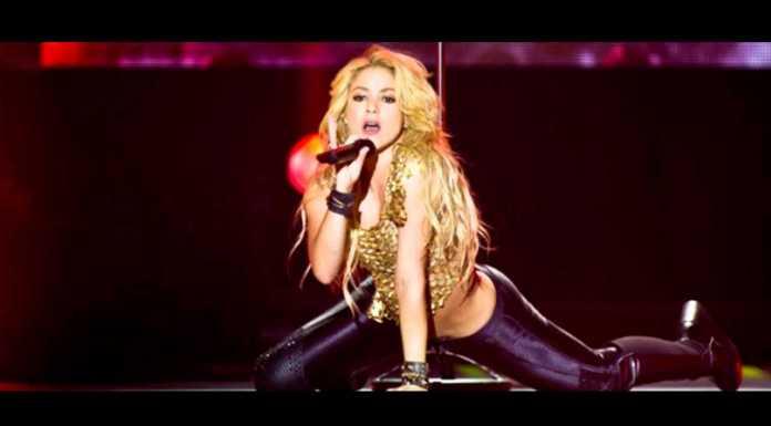 Шакира уходит со сцены из-за кровоизлияния в голосовых связках