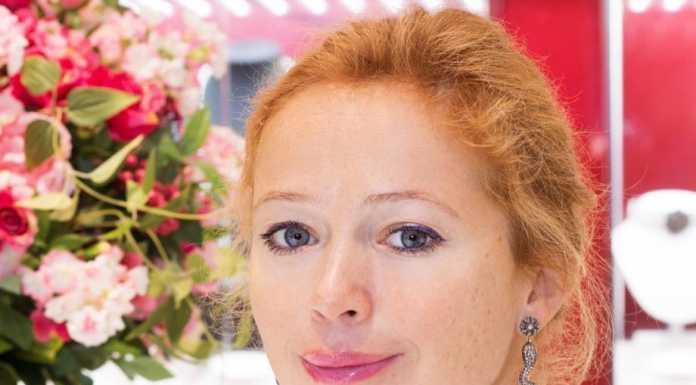 Елена Захарова рассказала о новорожденной дочери
