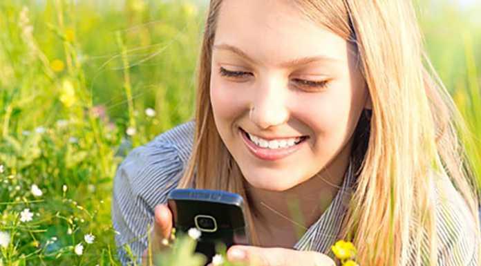 Более 53% россиян отрицают любовь на расстоянии