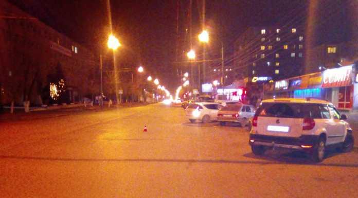 На Туркестанской водитель на «ВАЗе» сбил девушку