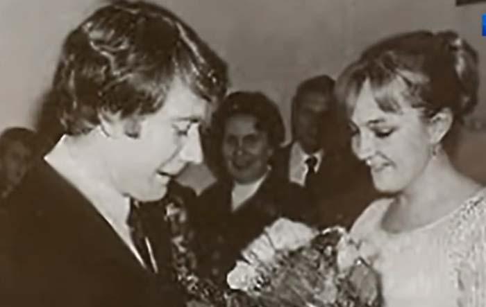 Екатерина Градова рассказала почему развелась с Андреем Мироновым