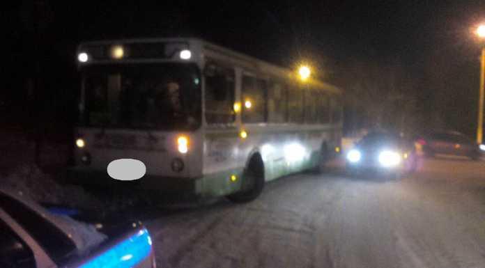 Пассажирский автобус задавил пешехода