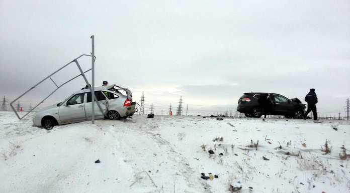 Lada и Nissan столкнулись на орской трассе. Два человека погибли