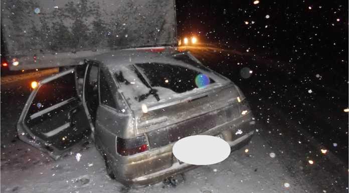 В Северном районе «ВАЗ» влетел под грузовик