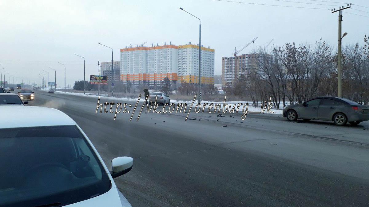авария приморский проспект skoda