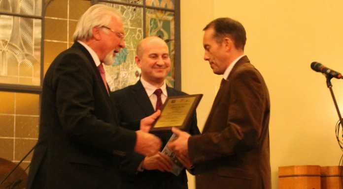 Оренбургский журналист, историк, переводчик Игорь Храмов стал лауреатом профессиональной премии имени Юлиана Семенова