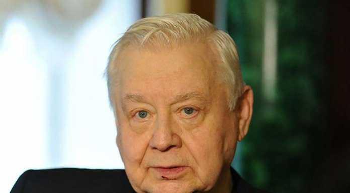 Актер Олег Табаков попал в больницу по вине стоматологов