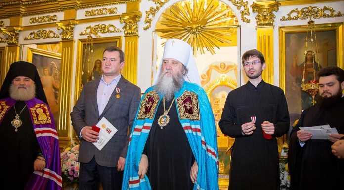 Глава Оренбурга Евгений Арапов награжден медалью Русской православной церкви