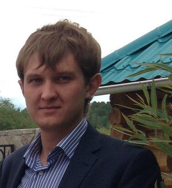 Илья Ставский
