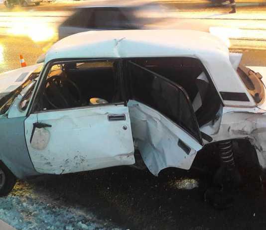 Две 16-летние пассажирки пострадали в тройном ДТП
