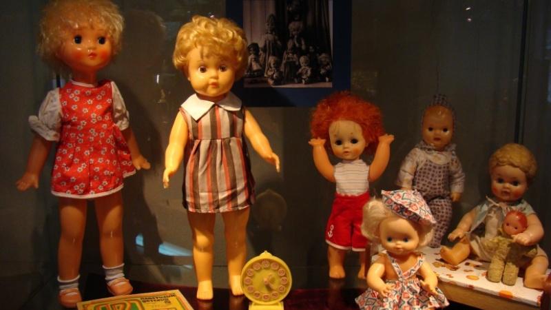 В музее ИЗО открывается выставка кукол (6+)