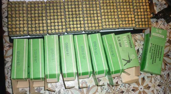 Целый арсенал оружия обнаружили полицейские у оренбуржца