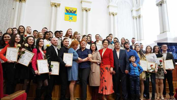 В Оренбурге наградили лучших представителей творческого студенчества
