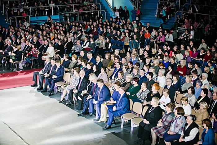 В «Оренбуржье» вручили награды лучшим женщинам региона