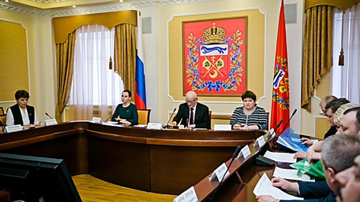 Губернатор возьмет на контроль общественный транспорт Оренбурга