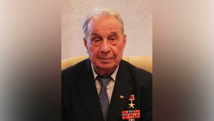 Герой Социалистического Труда Леонид Вотяков