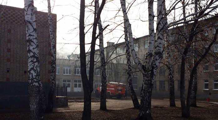 В Башкирии школьник напал с ножом на учительницу и одноклассников. Есть пострадавшие