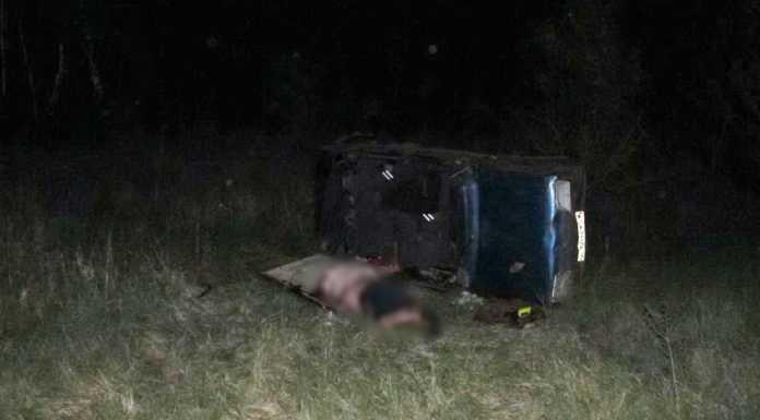 Под Оренбургом «девяносто девятая» опрокинулась в кювет, погиб водитель