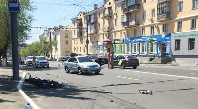 Водитель автомобиля не уступил дорогу мотоциклисту