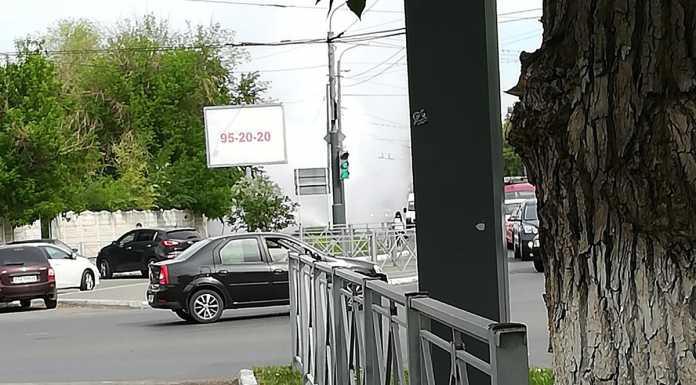 В центре Оренбурга забил «фонтан» воды
