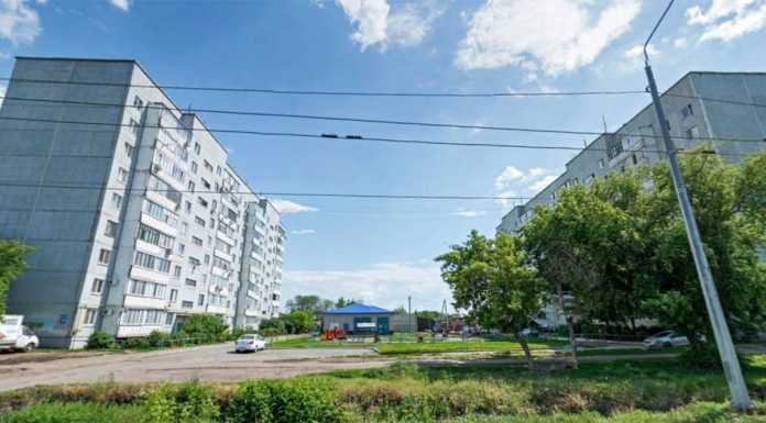 г. Оренбург, ул. Мусы Джалиля, 25 и 27