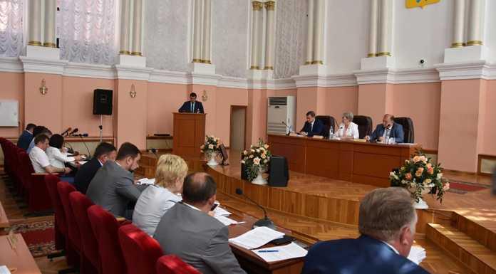Счетная палата отчиталась перед депутатами