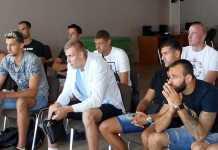 Игроки волейбольной команды «Нефтяник» вышли из отпуска