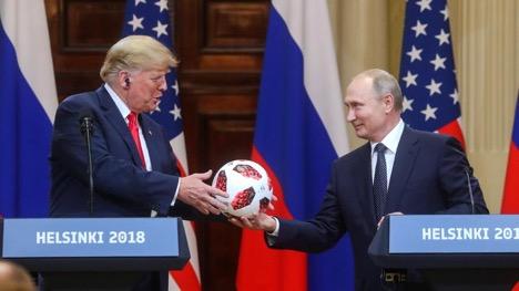 Президенты Дональд Трамп и Владимир Путин