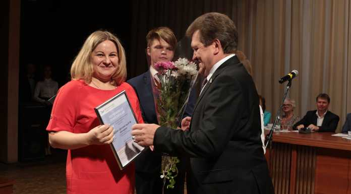 В Новотроицке вручены сертификаты победителям грантового конкурса на лучшие здоровьесберегающие проекты
