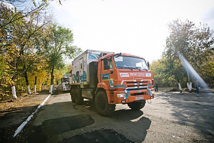 Международный автопробег «Газ в моторы»