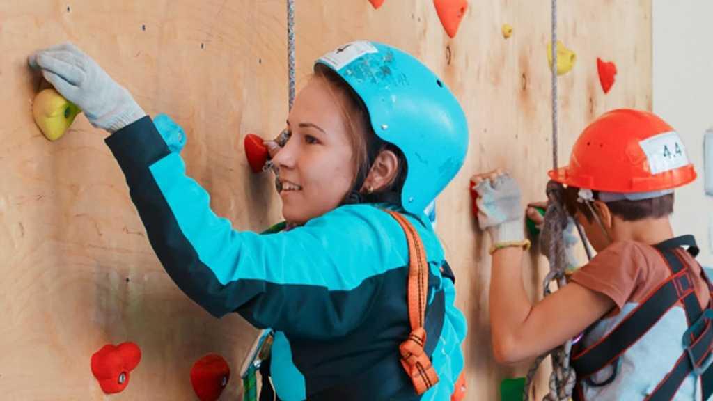 «Газпромнефть-Оренбург» поддерживает развитие массового спорта на селе