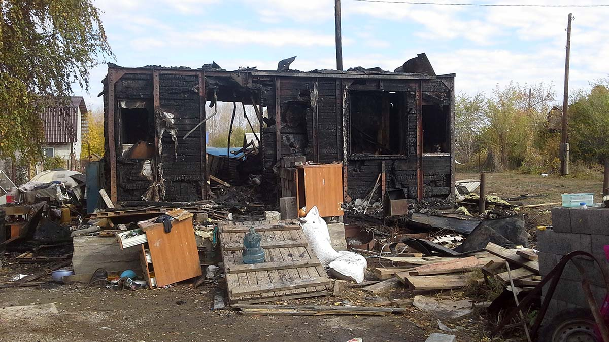 Пожар в дачном доме в СНТ «Уралочка» 9 октября