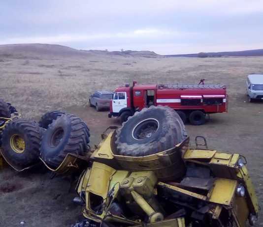Водитель К-700 погиб при буксировке трактора
