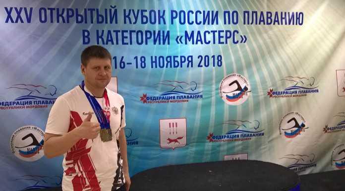Олег Андронов