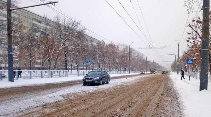 """В Оренбурге иномарка сбила пешехода на """"зебре"""""""