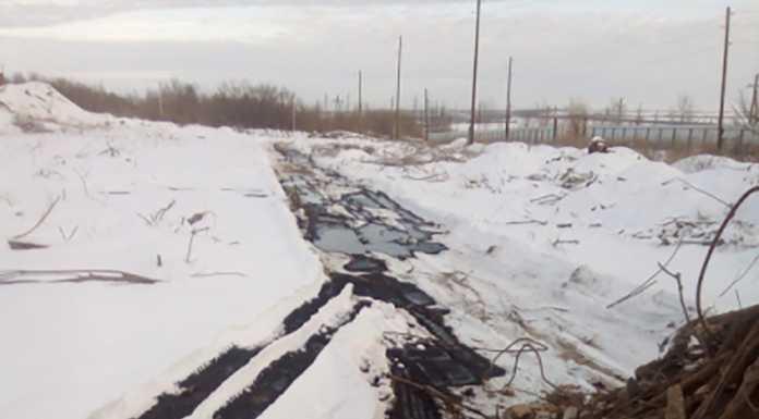 Прорыв нефтепровода